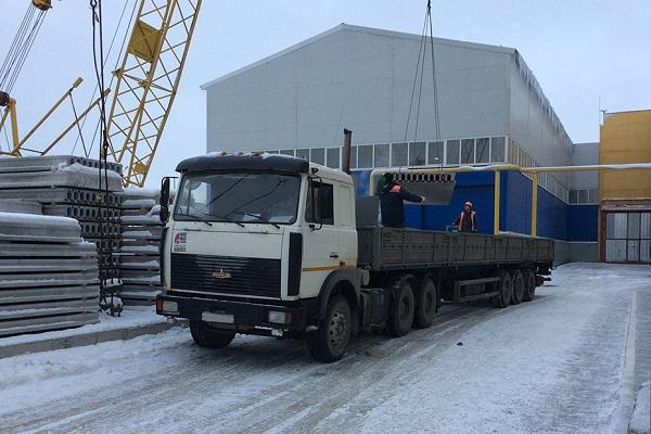 бортовая машина для транспортировки стройматериалов