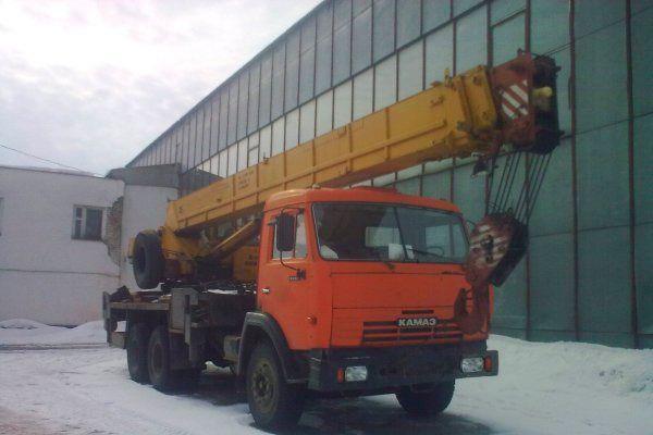 Автокран КАМАЗ 25 тонн в зять в аренду в Москве